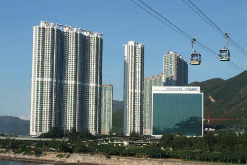 Seaview_Crescent_and_Novotel_Citygate_Hong_Kong_1